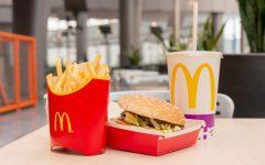 photo from https://www.rd.com/food/fun/reason-mcdonalds-got-rid-supersized-menu/