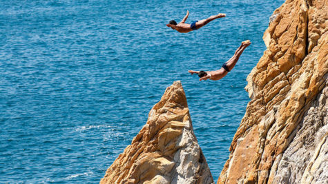 Cliff Jumping DOs and DON'Ts